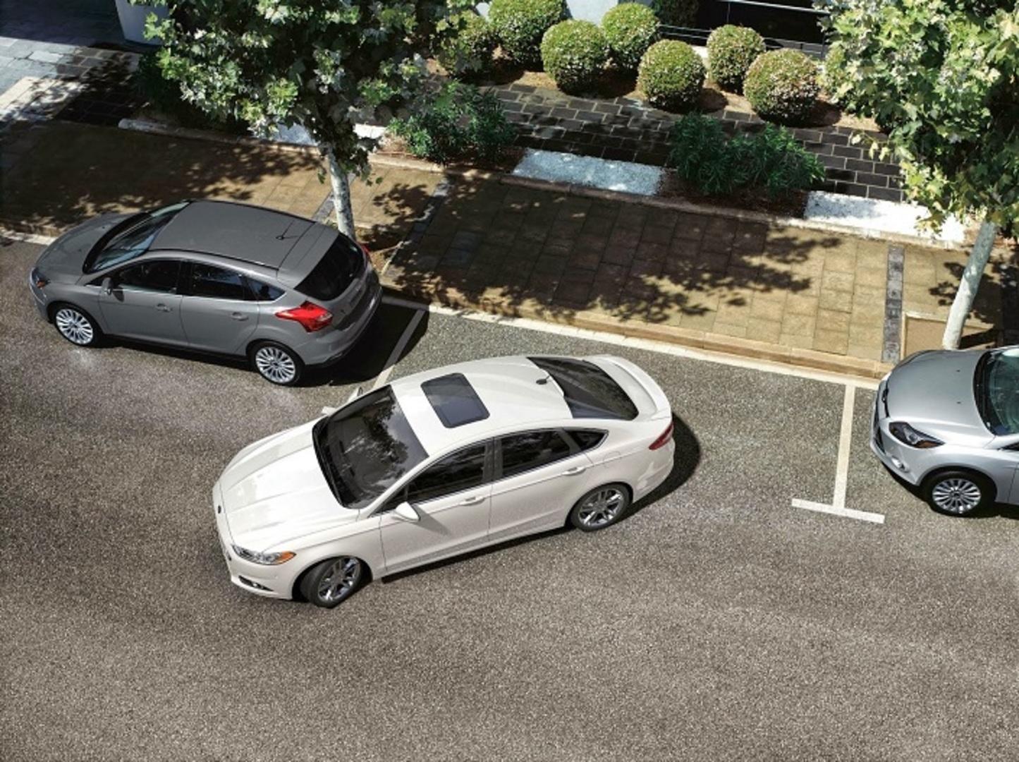 Cómo aparcar bien un coche