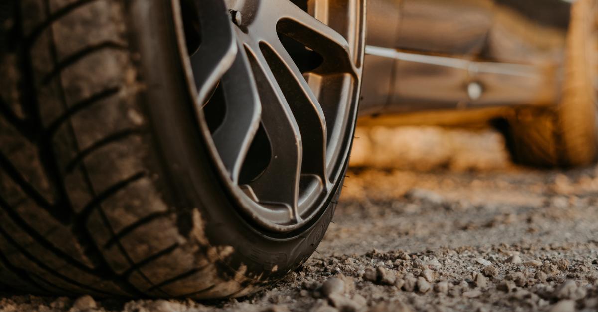 Medidas que tomar ante el reventón de una rueda